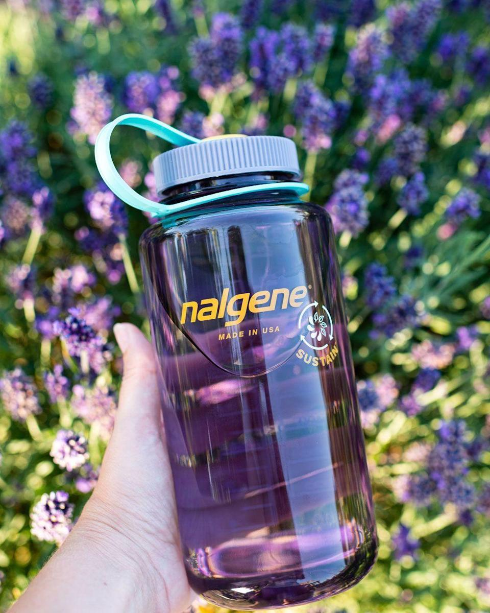 """<p><strong>Nalgene</strong></p><p>nalgene.com</p><p><strong>$14.99</strong></p><p><a href=""""https://go.redirectingat.com?id=74968X1596630&url=https%3A%2F%2Fnalgene.com%2Fproduct%2Fnew-32oz-wide-mouth-sustain%2F%3Fattribute_pa_color%3Dclementine%26attribute_pa_filter-color%3Dorange&sref=https%3A%2F%2Fwww.goodhousekeeping.com%2Fholidays%2Fgift-ideas%2Fg29499968%2Fbest-camping-gift-ideas%2F"""" rel=""""nofollow noopener"""" target=""""_blank"""" data-ylk=""""slk:Shop Now"""" class=""""link rapid-noclick-resp"""">Shop Now</a></p><p>Those leading (or aspiring to lead!) an eco-conscious life will appreciate <a href=""""https://go.redirectingat.com?id=74968X1596630&url=https%3A%2F%2Fnalgene.com%2Fcollections%2Fsustain-all-products%2F&sref=https%3A%2F%2Fwww.goodhousekeeping.com%2Fholidays%2Fgift-ideas%2Fg29499968%2Fbest-camping-gift-ideas%2F"""" rel=""""nofollow noopener"""" target=""""_blank"""" data-ylk=""""slk:Nalgene Sustain"""" class=""""link rapid-noclick-resp"""">Nalgene Sustain</a> — a reusable water bottle made from recycled materials. Yep — it looks very similar to your classic go-to Nalgene, but it's made from the equivalent of eight single-use plastic water bottles. This year, Nalgene also launched a <a href=""""https://custom.nalgene.com/"""" rel=""""nofollow noopener"""" target=""""_blank"""" data-ylk=""""slk:customizer option"""" class=""""link rapid-noclick-resp"""">customizer option</a> too, letting you design your bottle any way you want. </p>"""