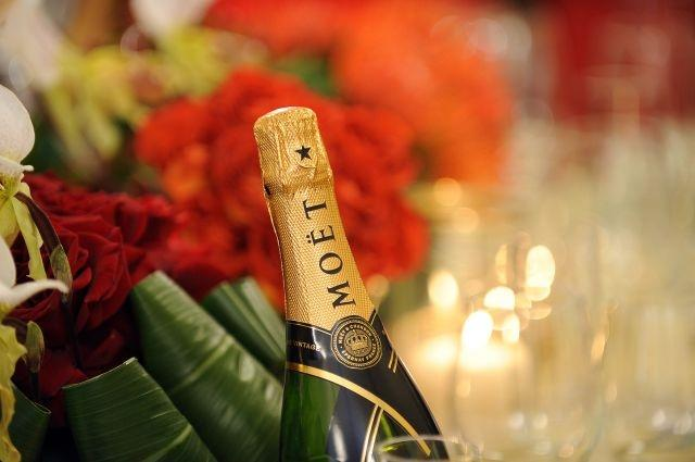Top 10 most popular brands of champagne for 2013