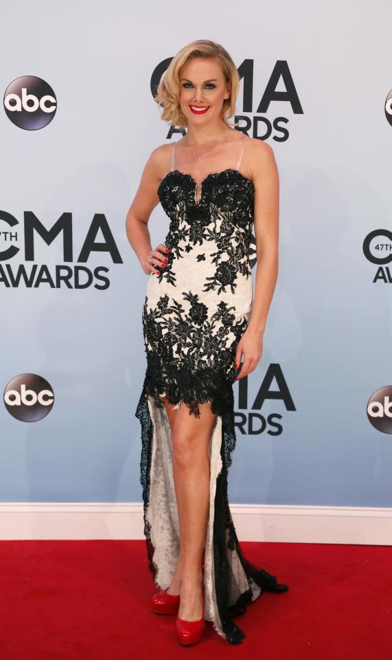 Singer Laura Bell Bundy arrives at the 47th Country Music Association Awards in Nashville, Tennessee November 6, 2013. REUTERS/Eric Henderson (UNITED STATES - Tags: ENTERTAINMENT)