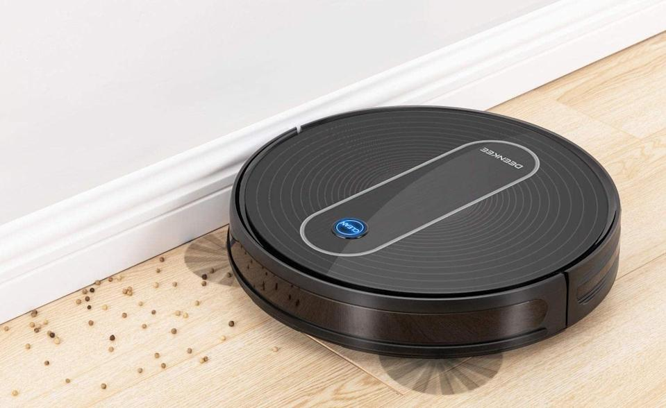 Get this top-rated Deenkee Robot Vacuum for just $160. (Photo: Amazon)