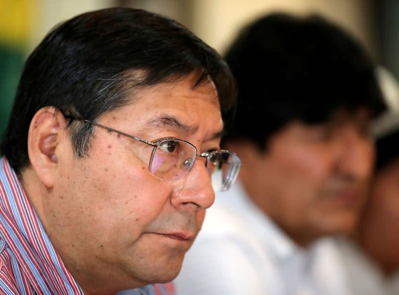 Race tightening between Bolivia's main candidates as election nears, poll shows