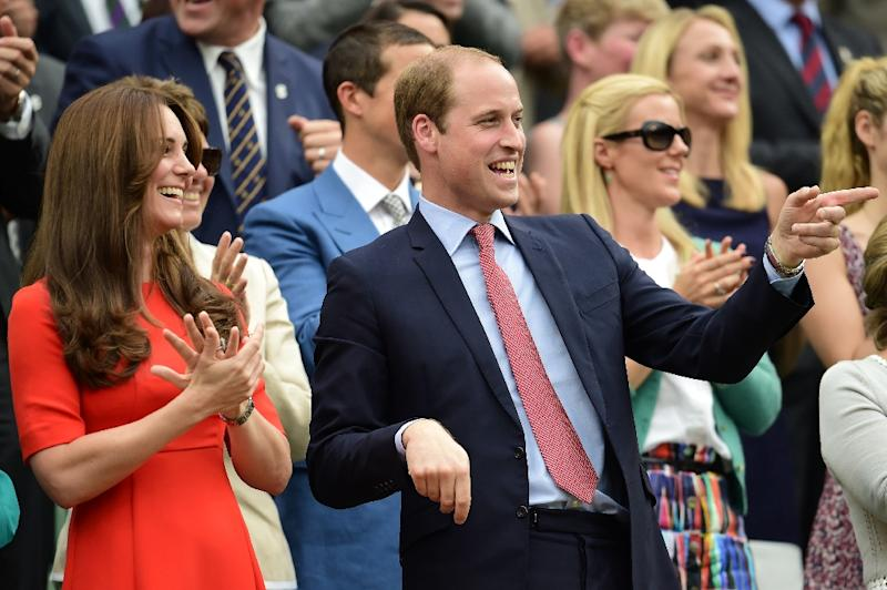 Britain's Prince William with his wife Kate at Wimbledon on July 8, 2015 (AFP Photo/Leon Neal)