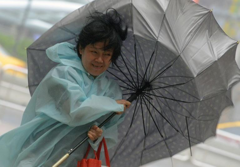 Super-typhoon Nepartak takes aim at Taiwan