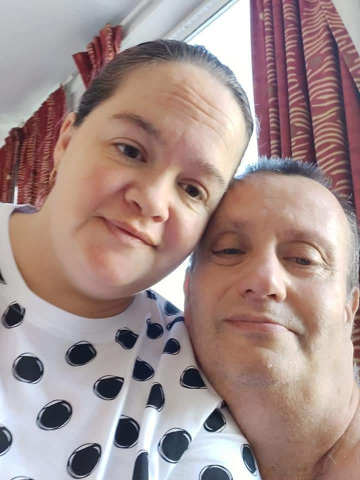 """Described as a """"fantastic dad"""" by his 38-year-old fiancée Alison, Paul was told by doctors he had cancer eight days before he died. (reach)"""