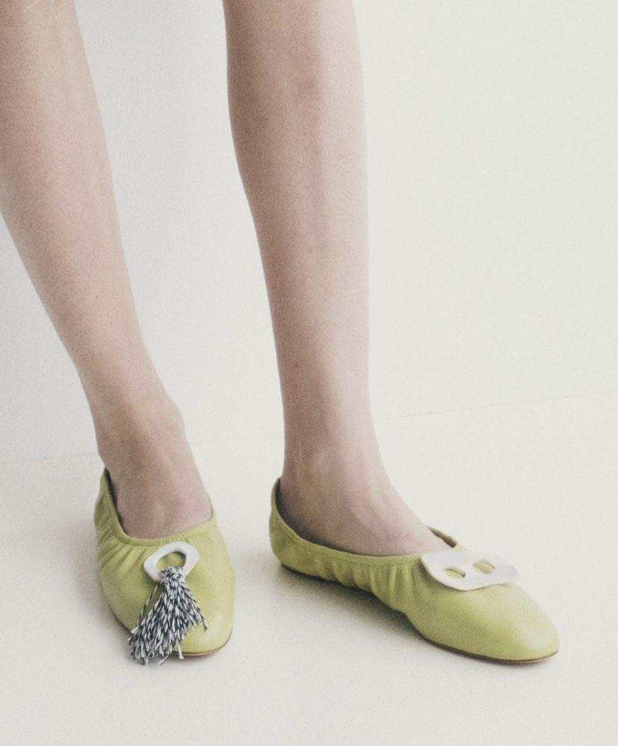 <p>These tight-fitting, rounded ballet flats are like hugs for your feet. </p><p><em>Marina Moscone</em></p>