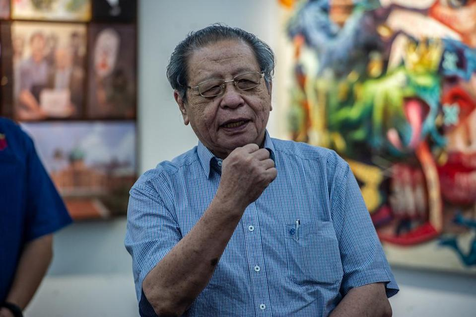 DAP veteran Lim Kit Siang wanted an explanation on Malaysia's high daily death rates and Brought-in-Dead (BID) Covid-19 cases. — Picture by Shafwan Zaidon
