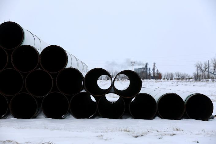 Pipes for TransCanada Corp's Keystone XL oil pipeline in Gascoyne, North Dakota, on Jan. 25, 2017. (Photo: Terray Sylvester / Reuters)