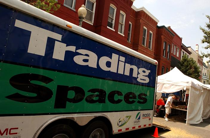 "<h1 class=""title"">Truck</h1> <div class=""caption""> <em>Trading Spaces</em> originally aired from 2000 to 2008, and came back to television in 2018. </div> <cite class=""credit"">Photo: Tom Williams/Roll Call/Getty Images</cite>"