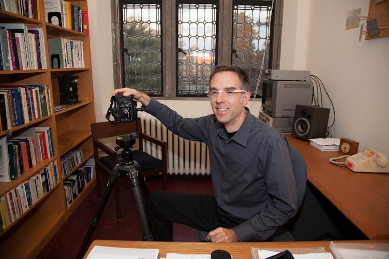 Art professor Andrew Tallon at his office at Vassar College in Poughkeepsie, New York in November 2009 (AFP Photo/Nancy CRAMPTON)