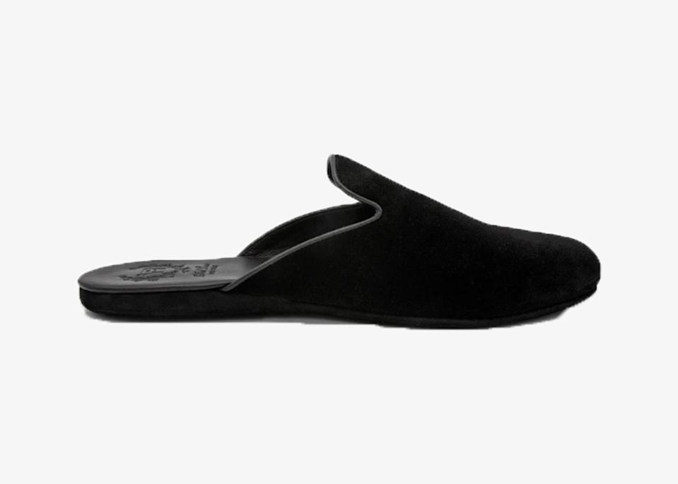 """The first house slipper from the luxury footwear brand—and part of the brand's first new collection in two years—this shoe takes cues from the shape and style of the Italian velvet slipper. Handmade in Italy, it can be monogrammed for a personal touch, and is offered in sumptuous leather or velvet. The shoe's sleek silhouette makes it ideal for lounging at home when you want to feel just a little dressed up, and for slipping into a carry-on the next time you board a <a href=""""https://www.cntraveler.com/gallery/gifts-for-long-haul-flights?mbid=synd_yahoo_rss"""" rel=""""nofollow noopener"""" target=""""_blank"""" data-ylk=""""slk:long-haul flight"""" class=""""link rapid-noclick-resp"""">long-haul flight</a>. $225, Del Toro Shoes. <a href=""""https://deltoroshoes.com/products/mens-black-velvet-house-slipper"""" rel=""""nofollow noopener"""" target=""""_blank"""" data-ylk=""""slk:Get it now!"""" class=""""link rapid-noclick-resp"""">Get it now!</a>"""