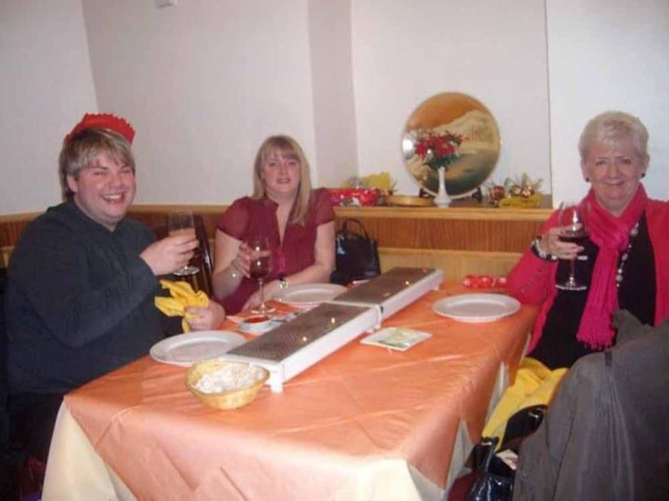Rhys with work colleagues at a Christmas meal in 2010, prior to his weight loss. PA REAL LIFE