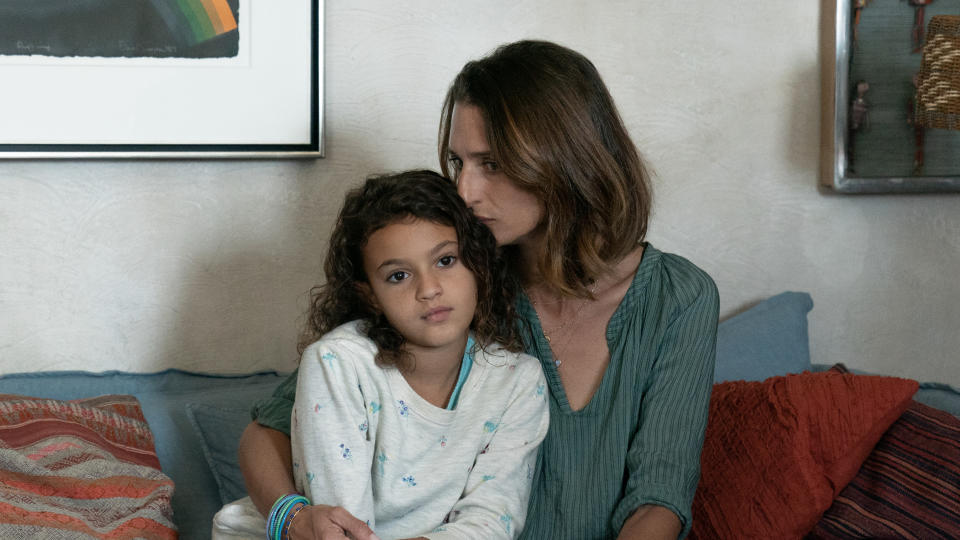 Nine-year-old Lilou Siauvaud appears alongside Camille Cottin and Matt Damon in 'Stillwater'. (Jessica Forde/Focus Features/eOne)