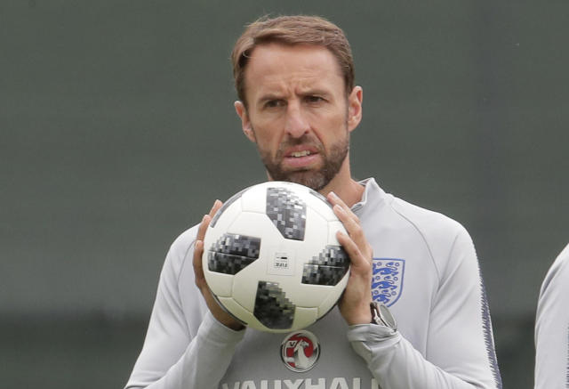 England head coach Gareth Southgate attends official training of his team at the 2018 soccer World Cup in Zelenogorsk near St. Petersburg, Russia, Tuesday, June 19, 2018 (AP Photo/Dmitri Lovetsky)
