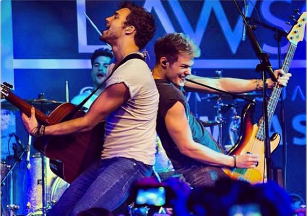 Lawson having a great time at their Singapore gig (Instagram photo)