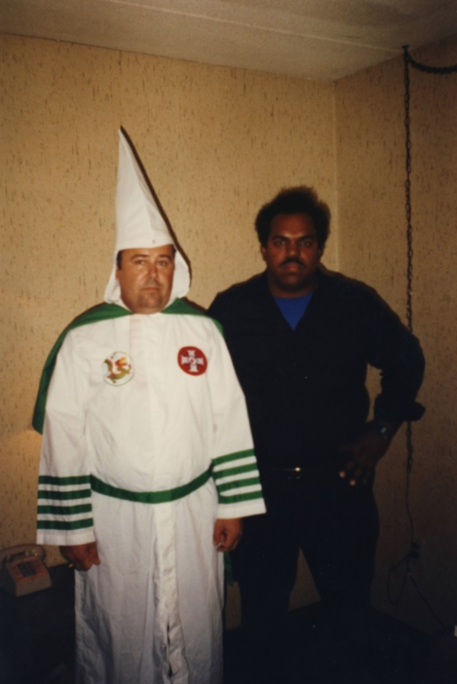 Daryl Davis with former KKK Imperial Wizard Roger Kelly. (Photo: Daryl Davis)