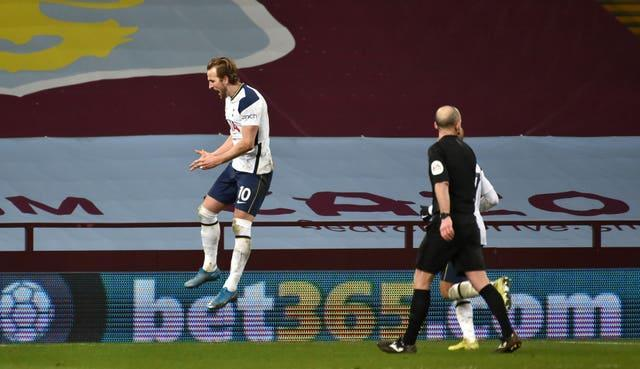 Harry Kane's 17th goal of the season wrapped up victory