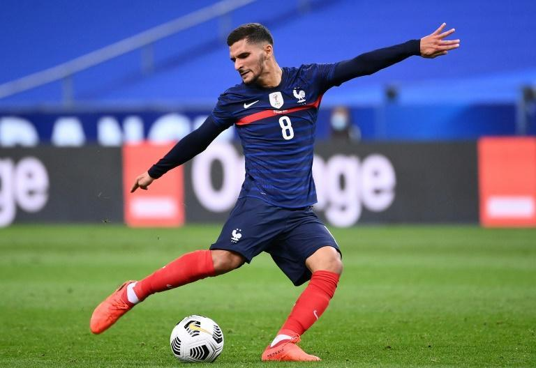 Lyon's Houssem Aouar has replaced injured Real Betis midfielder Nabil Fekir in the France squad for Nations League matches against Portugal and Sweden