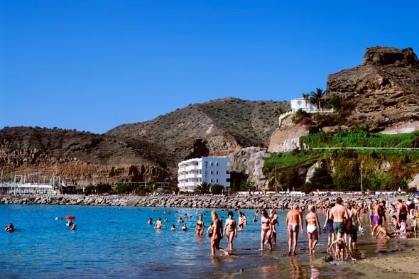 British man jailed for murdering girlfriend on holiday in Gran Canaria