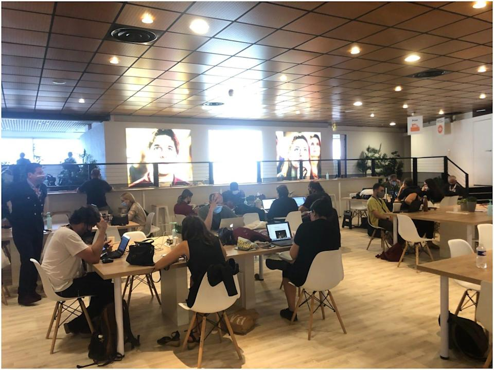 Cannes journalist cafe