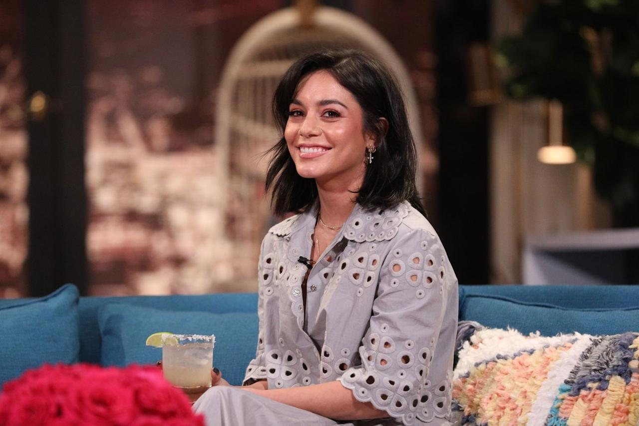 "<p>As the star of Netflix's upcoming <em><a rel=""nofollow"" href=""https://www.womansday.com/life/entertainment/a21618386/netflix-christmas-movie-the-princess-switch-vanessa-hudgens/"">The Princess Switch</a>,</em> it's only appropriate that Vanessa rock an elegant side-swept bob that's <a rel=""nofollow"" href=""https://www.womansday.com/style/a24067194/meghan-markle-sneakers-veja/"">fit for a royal</a>. First part your hair to the side of your choice, then blow dry using a large rolling brush. For added texture, wrap thick sections around the end of the round brush and spritz <a rel=""nofollow"" href=""https://www.womansday.com/home/advice/a1427/5-ways-with-hair-spray-105238/"">with hairspray</a>. </p><p><strong>What you'll need</strong>: Large round brush ($13, <a rel=""nofollow"" href=""https://www.amazon.com/Baasha-Bristle-Bristles-Ceramic-Brushes/dp/B06X6G6CN3/"">amazon.com</a>)</p>"