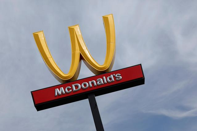 <p>McDonald's iconic logo is turned upside-down in honor of International Women's Day in Lynwood, Calif., March 8, 2018. (Photo: Mike Blake/Reuters) </p>