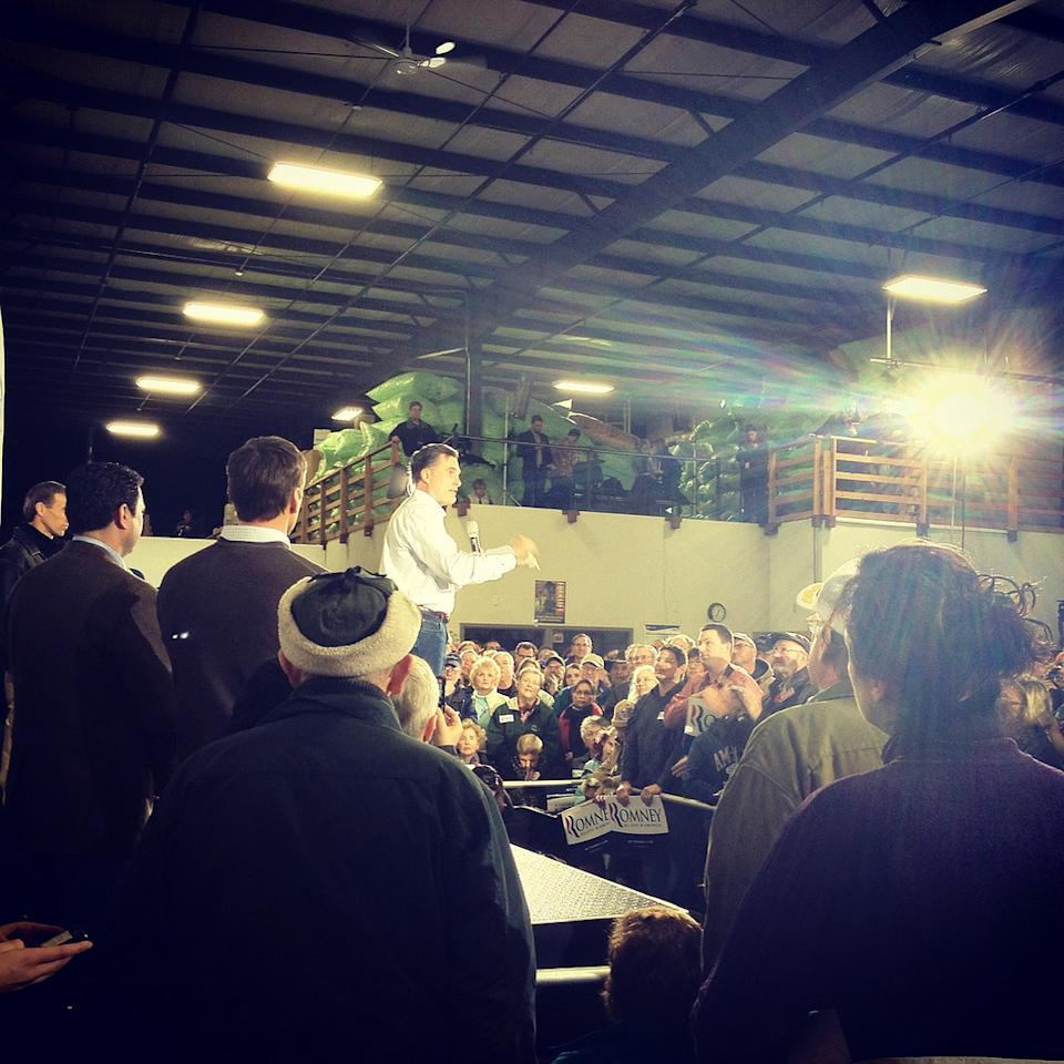 Mitt Romney in Dubuque (Yahoo Politics)