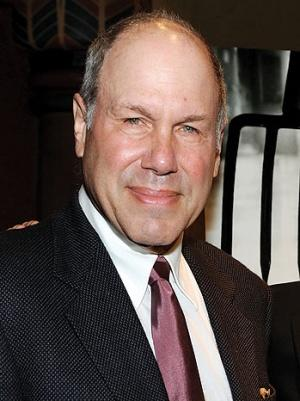 Michael Eisner Returns to Movies With Universal Deal