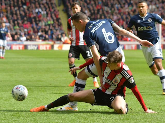 "Soccer Football - Championship - Sheffield United vs Millwall - Bramall Lane, Sheffield, Britain - April 14, 2018 Sheffield United's David Brooks in action with Millwall's Shaun Williams Action Images/Paul Burrows EDITORIAL USE ONLY. No use with unauthorized audio, video, data, fixture lists, club/league logos or ""live"" services. Online in-match use limited to 75 images, no video emulation. No use in betting, games or single club/league/player publications. Please contact your account representative for further details."
