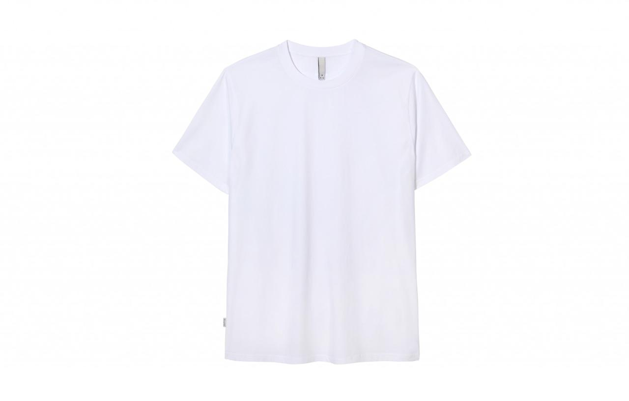 "<p>Top British grime artist Skepta has been working on the ultimate unisex line for the past two years. Finally released, the brand – dubbed Mains – comprises of the perfect t-shirts and tracksuits that both you and your boyfriend can wear.<br /><a rel=""nofollow"" href=""http://www.selfridges.com/GB/en/cat/mains/""><i>Selfridges, from £50</i></a> </p>"