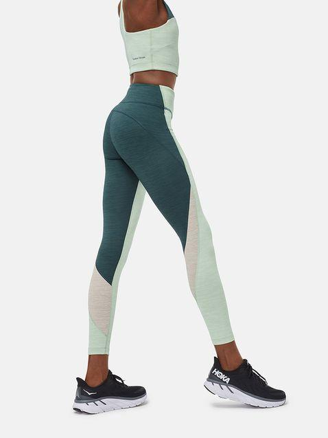 Flex Zoom 7/8 Legging. Image via Outdoor Voices.