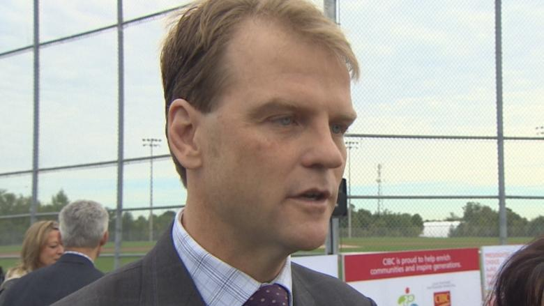 Canadians expose foreign worker 'mess' in oilsands