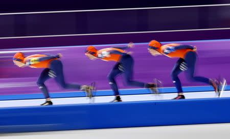 Speed Skating - Pyeongchang 2018 Winter Olympics - Women's Team Pursuit Competition - Gangneung Oval - Gangneung, South Korea - February 19, 2018. Marrit Leenstra, Ireen Wust and Antoinette De Jong of the Netherlands in action. REUTERS/Phil Noble