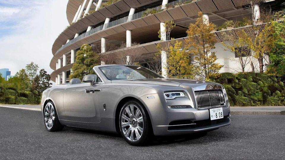 This bespoke Rolls-Royce Dawn brings automobiles and architecture together