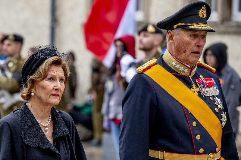 LUXEMBOURG, LUXEMBOURG - MAY 04: King Harald of Norway and Queen Sonja of Norway attend the funeral of Grand Duke Jean of Luxembourg on May 04, 2019 in Luxembourg, Luxembourg. (Photo by Patrick van Katwijk/WireImage)