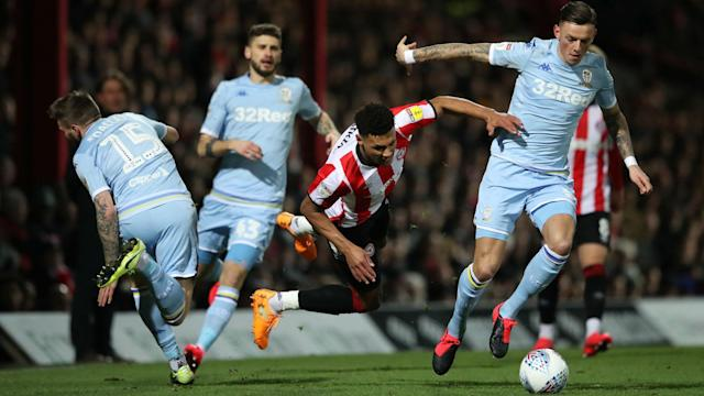 Leeds United come away from Brentford with a commendable point, while Nottingham Forest suffered a shock home defeat.