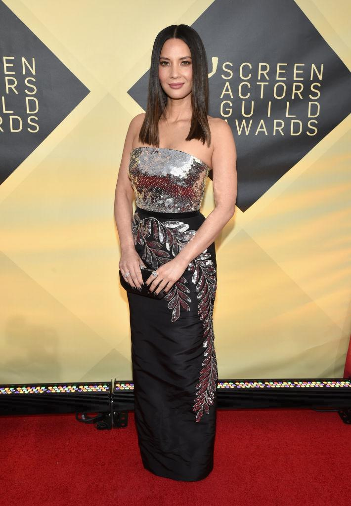 Olivia Munn attends the 2018 SAG Awards