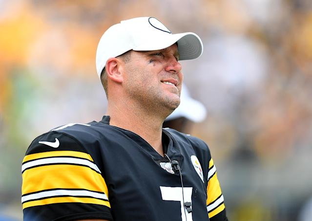 Ben Roethlisberger injured at Heinz Field (Photo by Joe Sargent/Getty Images)