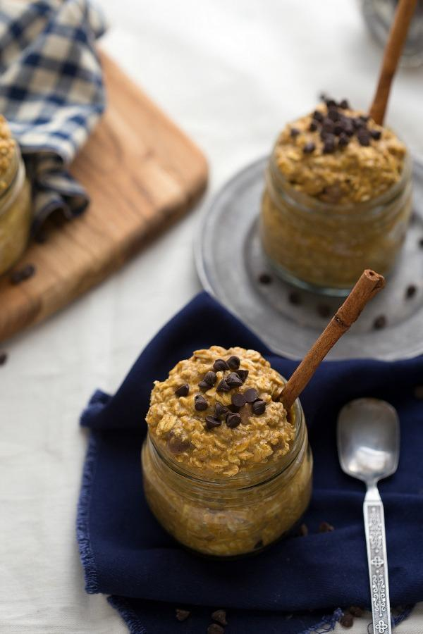 pumpkin chocolate chip overnight oats