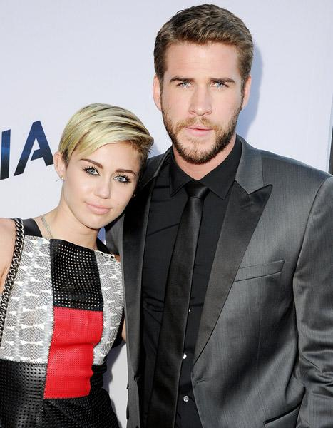 """Miley Cyrus: I Wanted """"to Leave"""" Liam Hemsworth in February 2013, Talks """"Hard Time"""""""