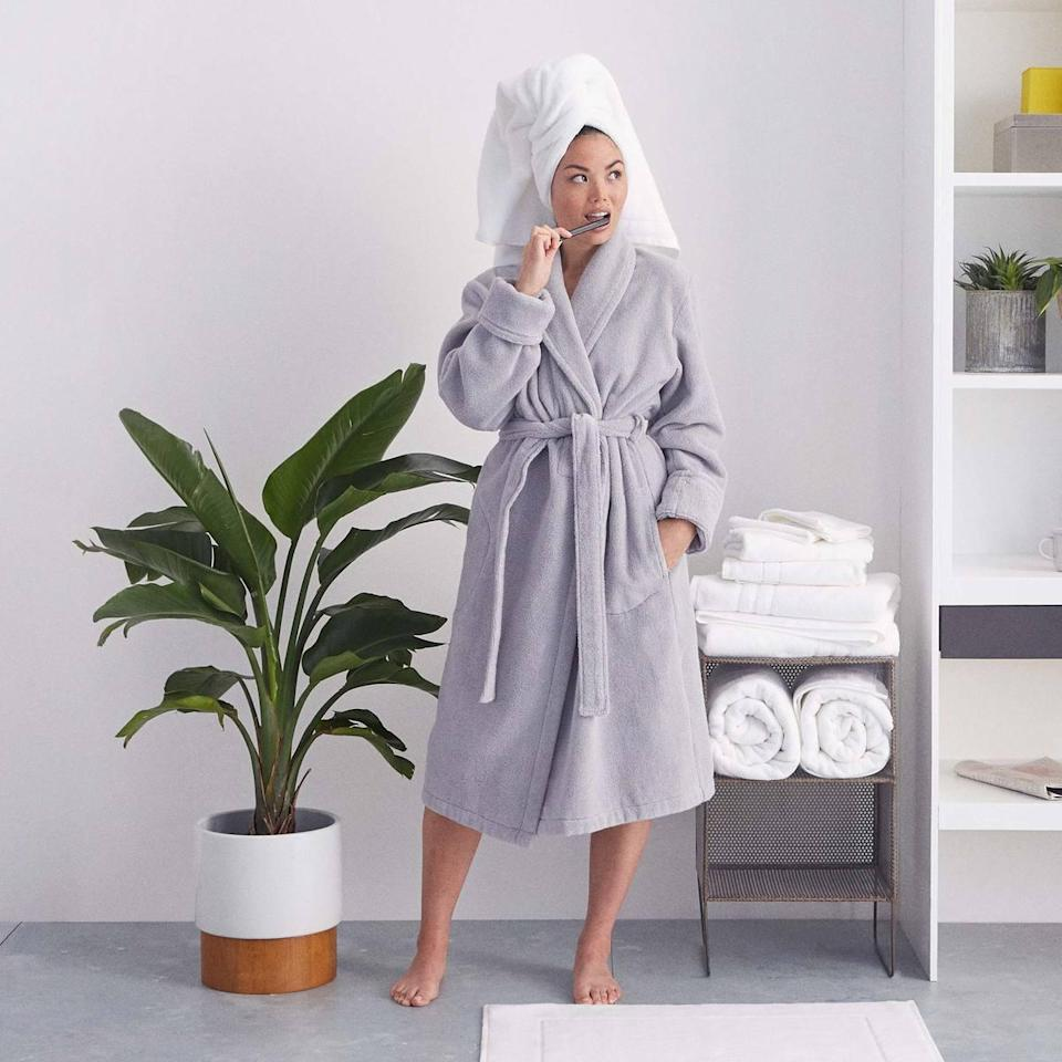 "<h3>Brooklinen Super-Plush Robe</h3> <br><strong>Best For: The</strong> <strong>College Grad<br>Budget: Under<br></strong> <strong>$100</strong><br>Contrary to popular belief, college grads spend more time wrapped up in robes post-college than high-school grads do while in still in school — so, strategically bless your entering-the-real-world honoree up in the plushest of home-away-from-home hugs (they're going to need it). <br><br><em>Shop <strong><a href=""https://www.brooklinen.com/"" rel=""nofollow noopener"" target=""_blank"" data-ylk=""slk:Brooklinen"" class=""link rapid-noclick-resp"">Brooklinen</a></strong></em><br><br><strong>Brooklinen</strong> Super-Plush Robe, $, available at <a href=""https://go.skimresources.com/?id=30283X879131&url=https%3A%2F%2Fwww.brooklinen.com%2Fproducts%2Fsuper-plush-robe%3Fvariant%3D15415412129882"" rel=""nofollow noopener"" target=""_blank"" data-ylk=""slk:Brooklinen"" class=""link rapid-noclick-resp"">Brooklinen</a><br><br><br><br>"