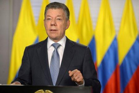 Colombia's President Juan Manuel Santos gives a speech to the nation in Bogota, Colombia May 25, 2018. Colombian Presidency/Handout via REUTERS