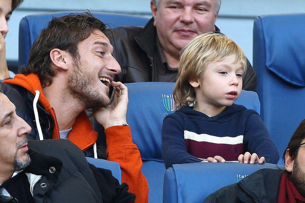 <p>Cristian Totti è nato nel 2005. Il primogenito di Francesco e Ilary Blasi ha sempre frequentato le tribune… (Photo by Paolo Bruno/Getty Images) </p>