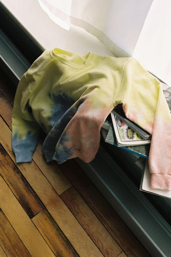Urban Outfitters Recycled Sherbet Tie-Dye Crew Neck Sweatshirt