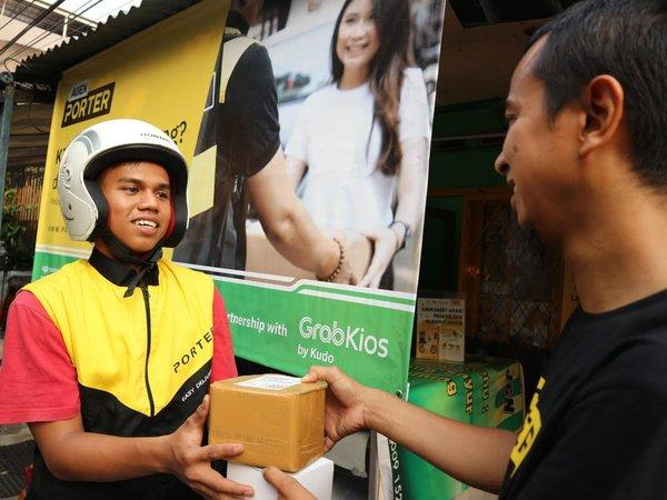 GrabKios and Porter Collaborate to Support Traditional Store through Digital Based Logistic Service.