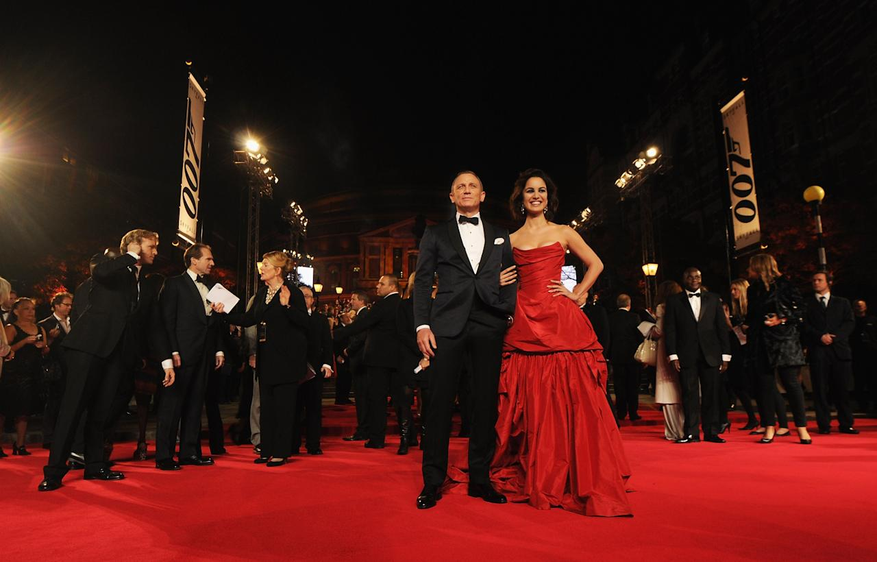 LONDON, ENGLAND - OCTOBER 23: Daniel Craig and Berenice Marlohe attend the Royal World Premiere of 'Skyfall' at the Royal Albert Hall on October 23, 2012 in London, England.  (Photo by Eamonn McCormack/Getty Images)