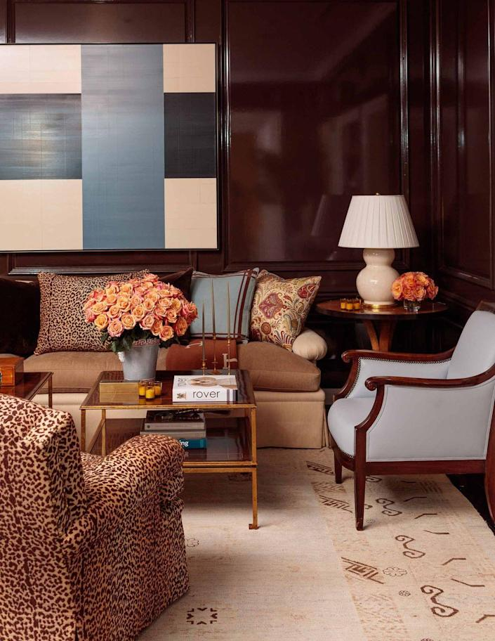 """<p>In Stephanie Booth Shafran's Los Angeles home designed by Jeffrey Bilhuber (<a href=""""https://www.veranda.com/home-decorators/a32962201/billy-baldwin-in-nantucket/"""" rel=""""nofollow noopener"""" target=""""_blank"""" data-ylk=""""slk:also greatly influenced by Baldwin"""" class=""""link rapid-noclick-resp"""">also greatly influenced by Baldwin</a>), masculine meets feminine style in a sexy den with walls lacquered a rich reddish-brown, contemporary art, and animal patterned upholstery. See more of this home in Shafran's book, <em><a href=""""https://www.amazon.com/Youre-Invited-Classic-Elegant-Entertaining/dp/0847863719/ref=sr_1_1"""" rel=""""nofollow noopener"""" target=""""_blank"""" data-ylk=""""slk:You're Invited: Classic, Elegant Entertaining"""" class=""""link rapid-noclick-resp"""">You're Invited: Classic, Elegant Entertaining</a></em> (Rizzoli, 2020).</p><p><a class=""""link rapid-noclick-resp"""" href=""""https://go.redirectingat.com?id=74968X1596630&url=https%3A%2F%2Fwww.farrow-ball.com%2Fen-us%2Fcolour-by-nature%2Fdeep-reddish-brown&sref=https%3A%2F%2Fwww.veranda.com%2Fdecorating-ideas%2Fcolor-ideas%2Fg34859300%2Fbrown-paint-colors%2F"""" rel=""""nofollow noopener"""" target=""""_blank"""" data-ylk=""""slk:Get the Look"""">Get the Look</a></p>"""