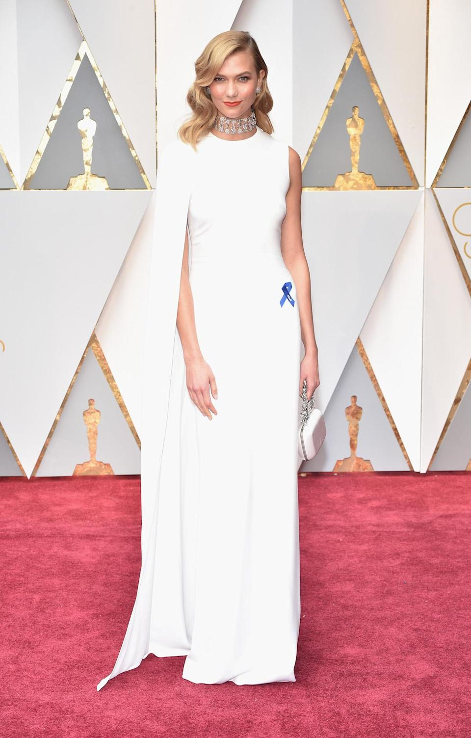 "<p><a href=""https://www.yahoo.com/style/was-karlie-kloss-oscars-look-inspired-by-gwyneth-paltrow-010309795.html"" data-ylk=""slk:Karlie Kloss might've stolen her style from Gwyneth Paltrow;outcm:mb_qualified_link;_E:mb_qualified_link;ct:story;"" class=""link rapid-noclick-resp yahoo-link"">Karlie Kloss might've stolen her style from Gwyneth Paltrow</a> but it totally paid off. <em>(Photo: Getty Images)</em> </p>"