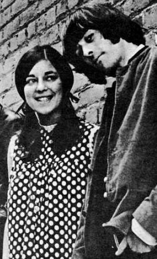Signe Anderson (left), Jefferson Airplane's original vocalist, died Jan. 28 — the same day her former bandmate Paul Kantner also died. She was 74. No cause of death for Anderson has been revealed. (photo: Associated Press)