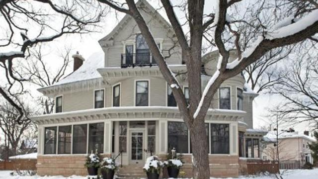 'Mary Tyler Moore Show' House for Sale