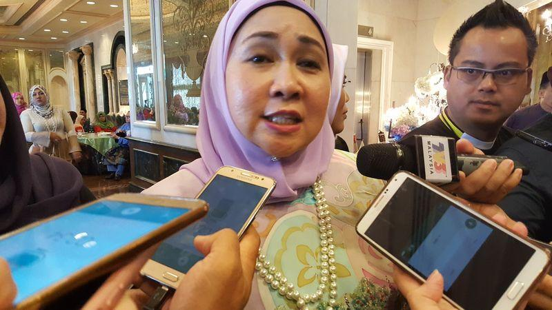 Sarawak's Law, State-Federal Relationship and Project Monitoring Assistant Minister Sharifah Hasidah Sayeed Aman Ghazali said the construction sector in Sarawak is expected to grow strongly at 16.8 per cent in 2019. — Picture by Sulok Tawie